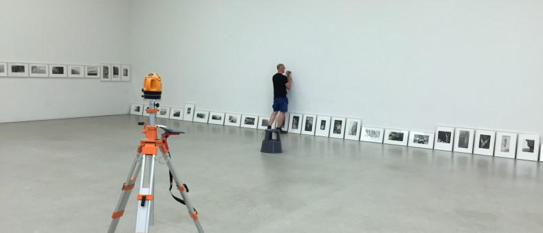Ausstellung einrichten im Salle Poma, vom Kunsthaus PasquArt in Biel